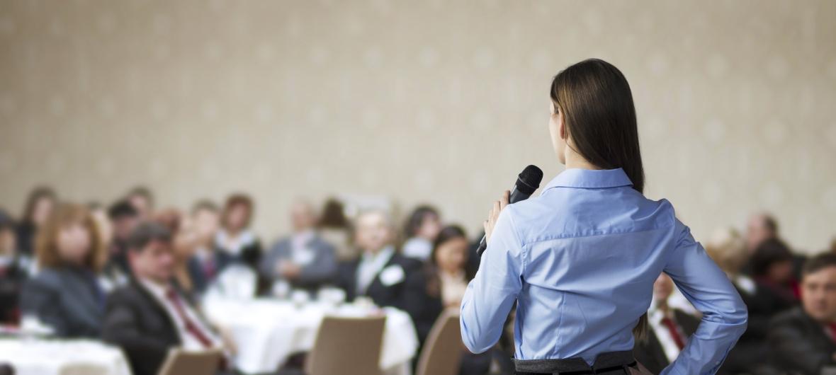 Au fil des session de coaching, vous apprendrez a être capable d'influencer le public, en partant toujours du principe que le naturel et la spontanéité du locuteur sont la clé de son efficacité.
